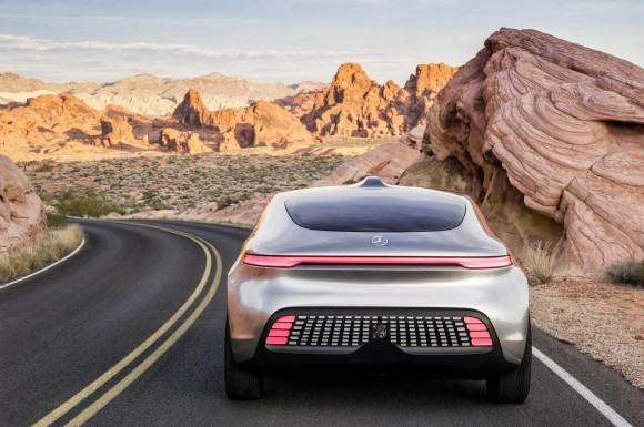 mercedes-benz-f015-luxury-in-motion-concept-2015-consumer-electronics-show_100495720_h