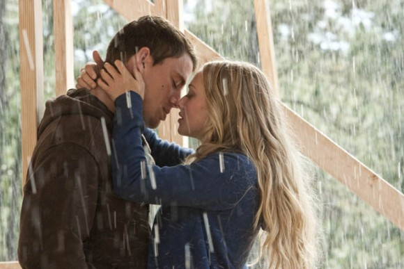 Channing Tatum and Amanda Seyfried star in Screen Gems' DEAR JOHN.