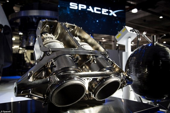 2857088200000578-3068674-SpaceX_s_revolutionary_design_uses_eight_Draco_thrusters_on_its_-a-20_1430871679807