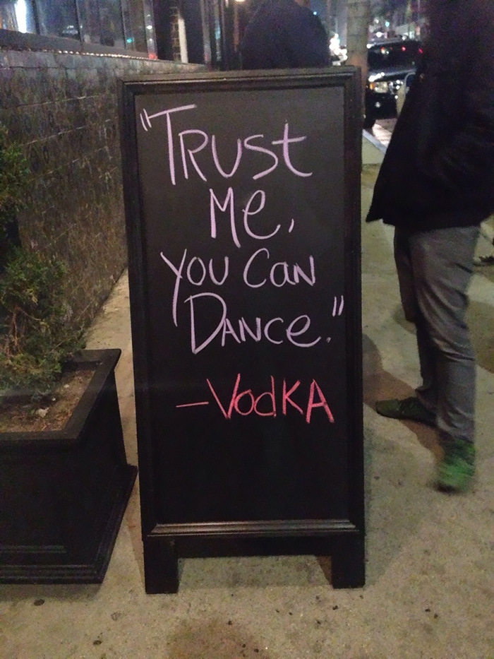 funny-bar-signs-26-700