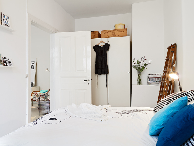 small-bedroom-white