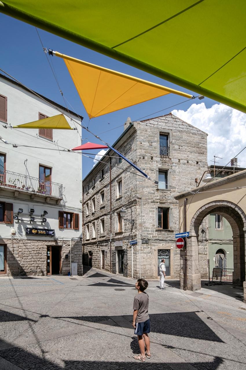 renzo-piano-alvisi-kirimoto-partners-piazza-faber-sardinia-sails-art-installation-designboom-02