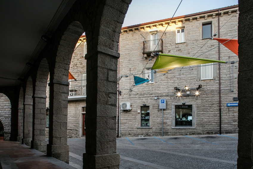 renzo-piano-alvisi-kirimoto-partners-piazza-faber-sardinia-sails-art-installation-designboom-07