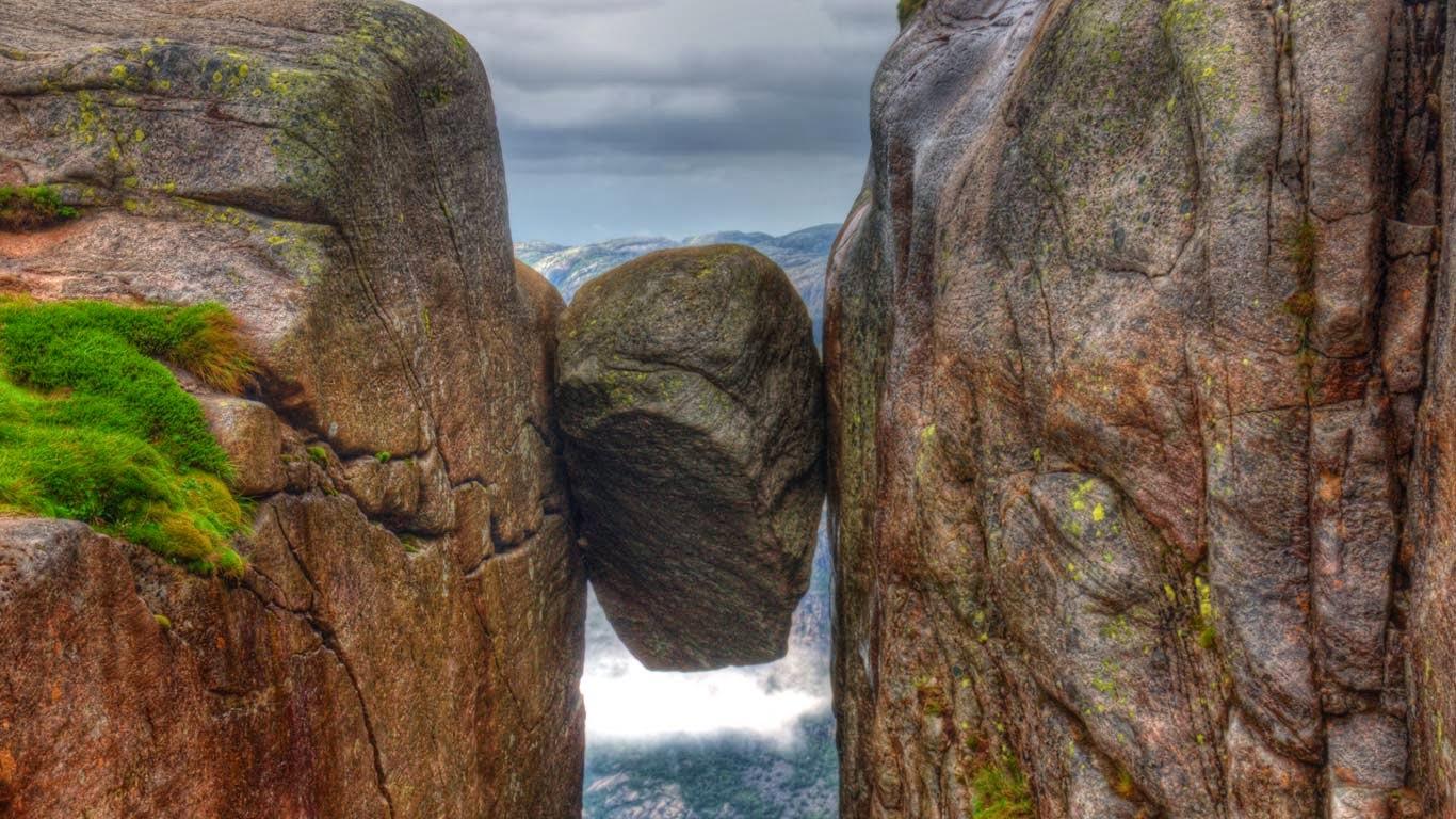 Импресивната убавина на Kjeragbolten  Norway