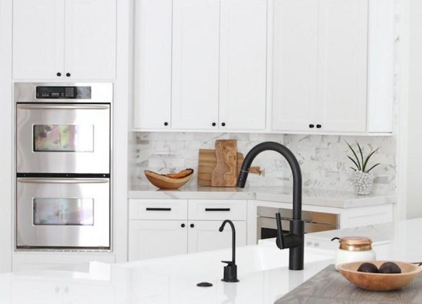 Црниот метал е нов тренд во уредување на домот