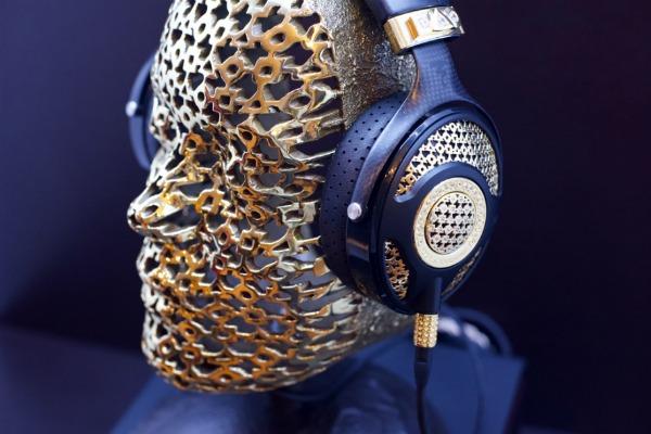 Најскапите слушалки на светот чинат 110 000 евра