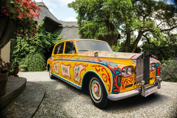 Автомобилот на John Lennon   Rolls Royce Phantom V на изложба во Лондон