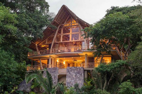 Луксузна куќа на дрво во Мексико!