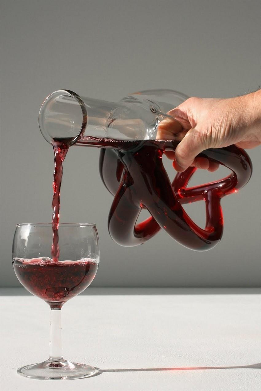 Уметност на пиење: стаклени скулптури за вино!