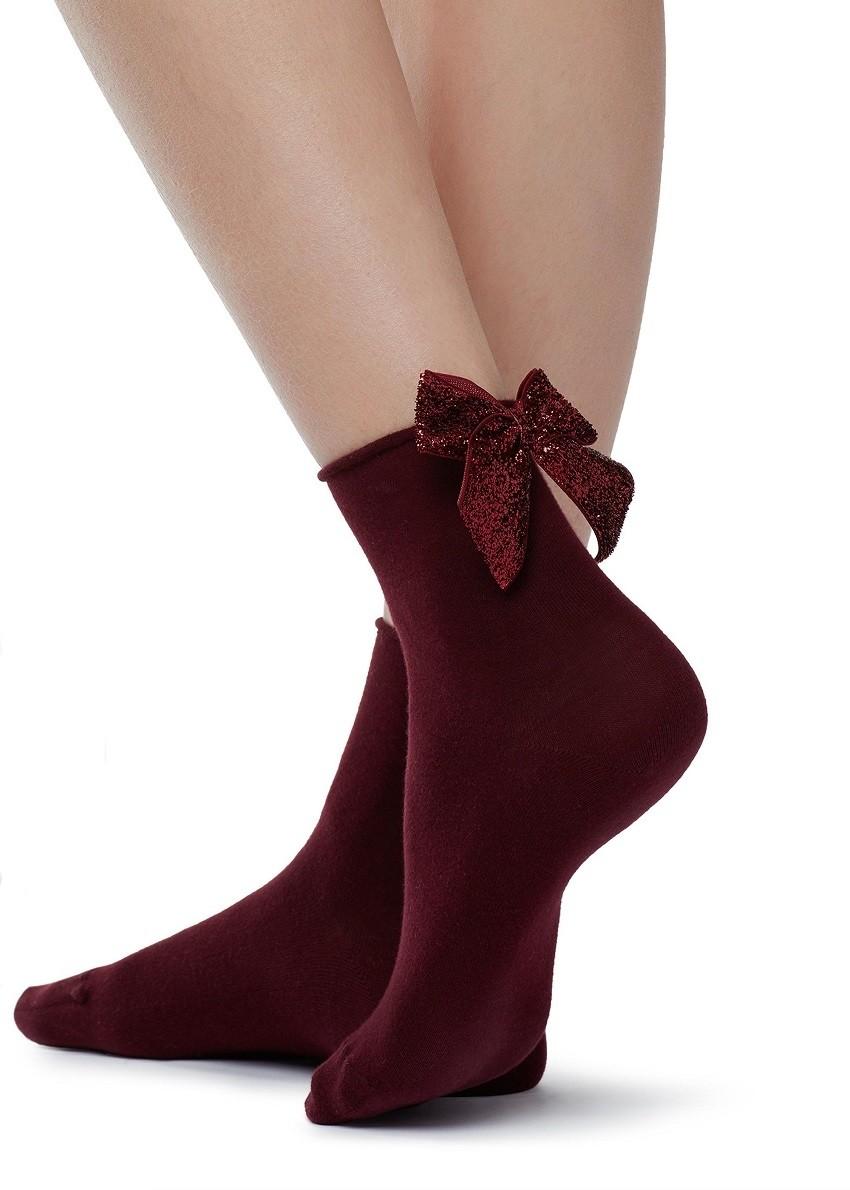 Чорапи со машнички за најинтересната модна приказна на сезоната!