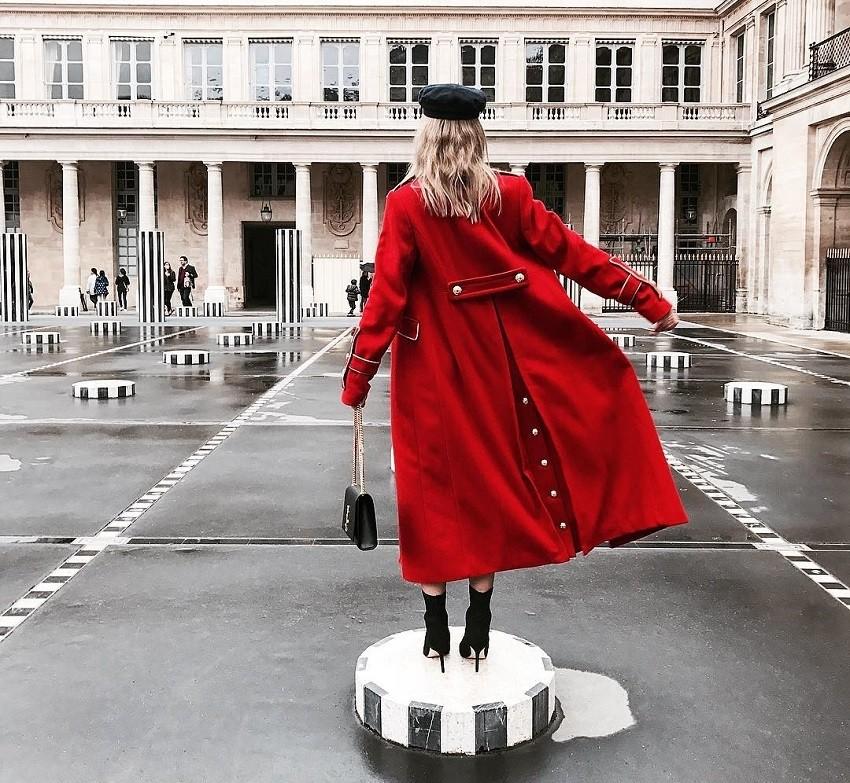crven-kaput-koj-site-modni-blogerki-go-sakaat-za-bozhik
