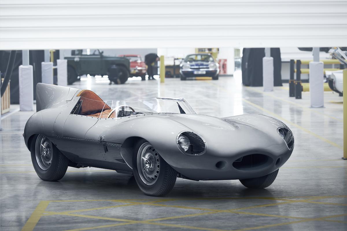 Легендарниот Jaguar  D Type  тркачки автомобил повторно се произведува