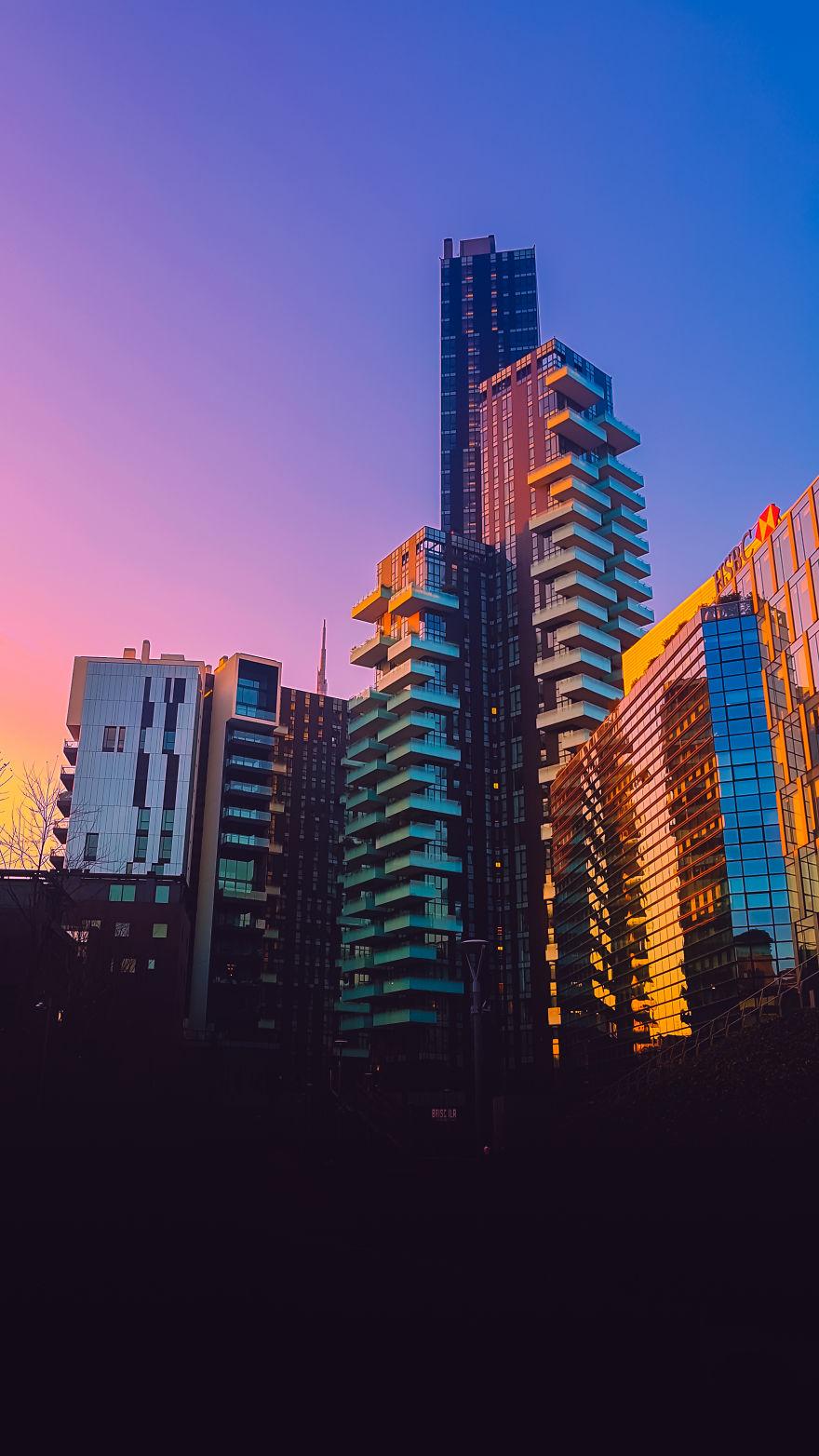 Фото на денот   Зајдисонце во Милано