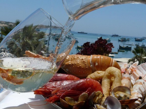 4549917-lovely_view_and_food_Marsaxlokk