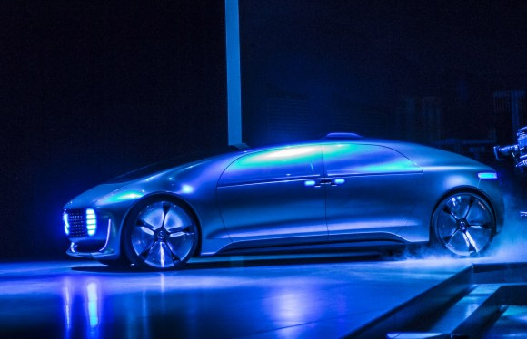 mercedes-benz-f015-luxury-in-motion-concept-2015-consumer-electronics-show_100495712_h