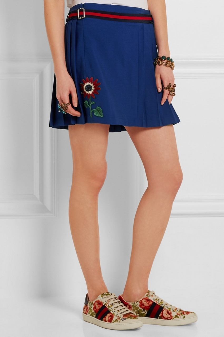 gucci-floral-applique-wool-skirt