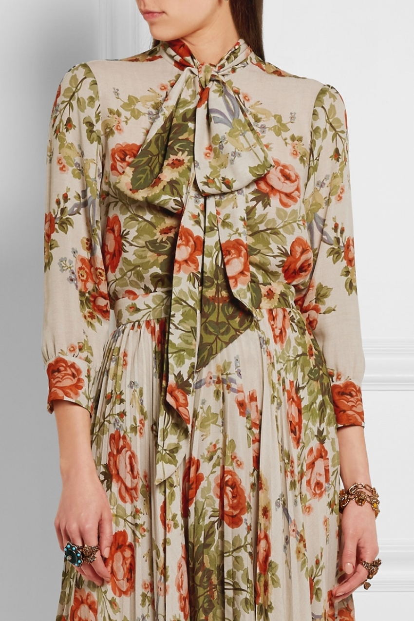 gucci-pussy-willow-floral-print-blouse