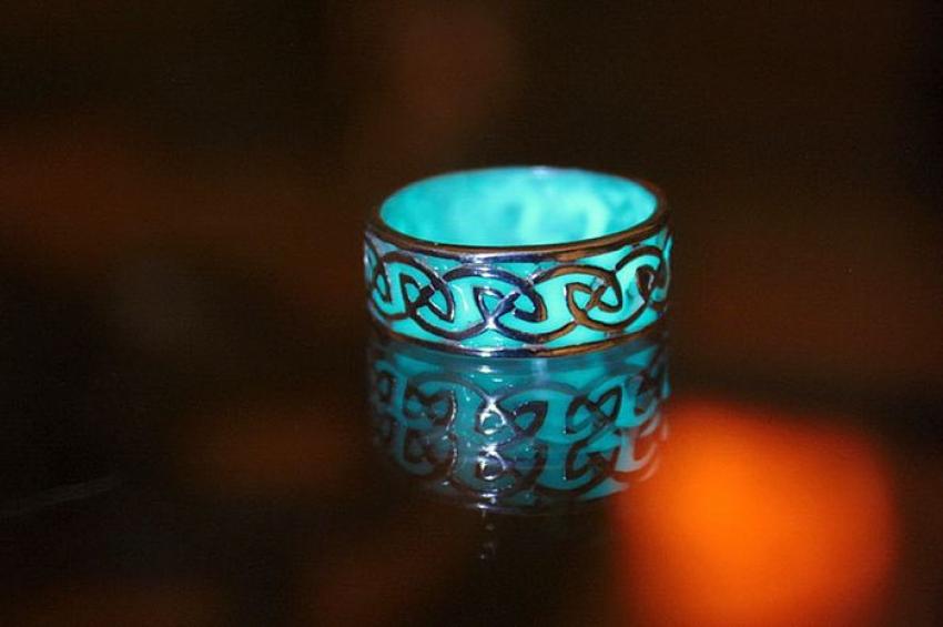 jewelry-glow-in-the-dark-manon-richard-a4