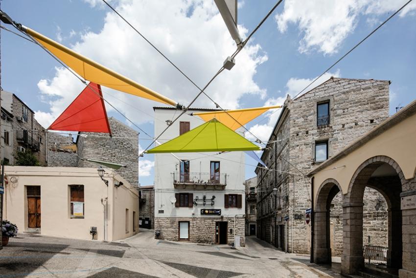 renzo-piano-alvisi-kirimoto-partners-piazza-faber-sardinia-sails-art-installation-designboom-01