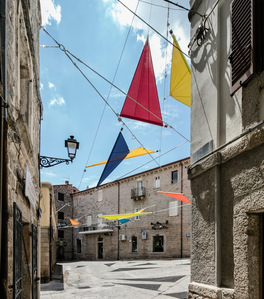 renzo-piano-alvisi-kirimoto-partners-piazza-faber-sardinia-sails-art-installation-designboom-05