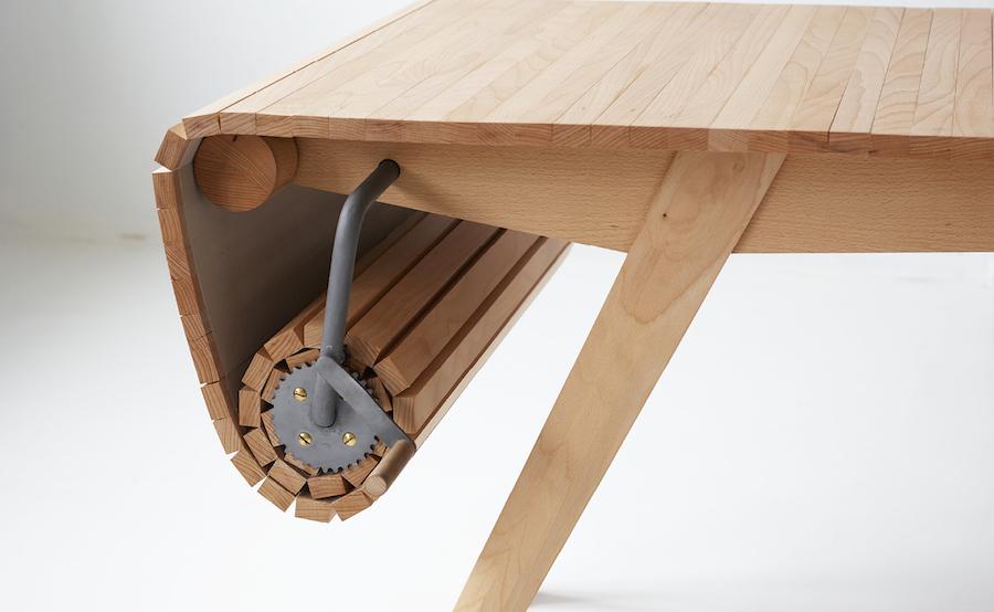 Флексибилна трпезариска маса за сите љубители на скандинавскиот дизајн