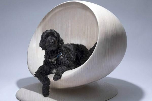 Врвни дизајнерски куќи дизајнираат куќички за кучиња