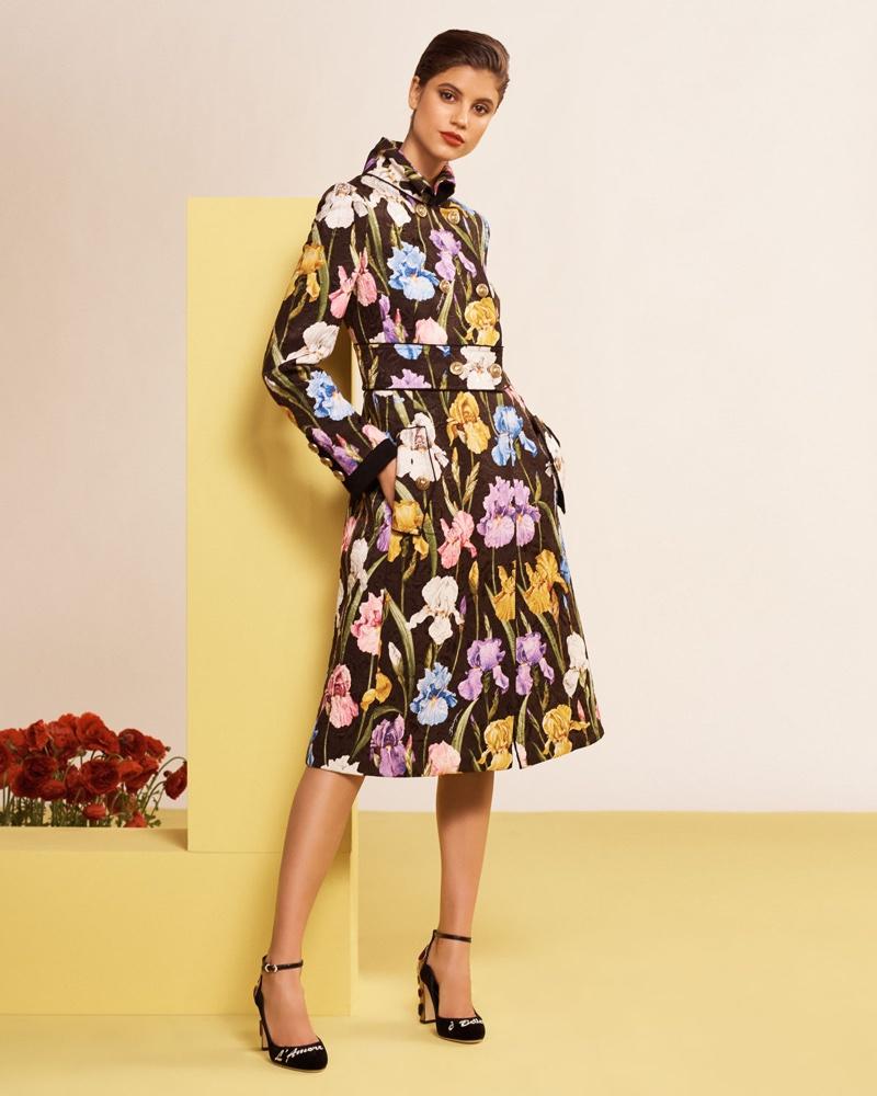 Резултат со слика за phoos of women dolce gabanna coats 2020